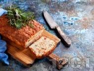 Солен кекс с плънка от шунка, сирене, кисели краставички и печени червени чушки